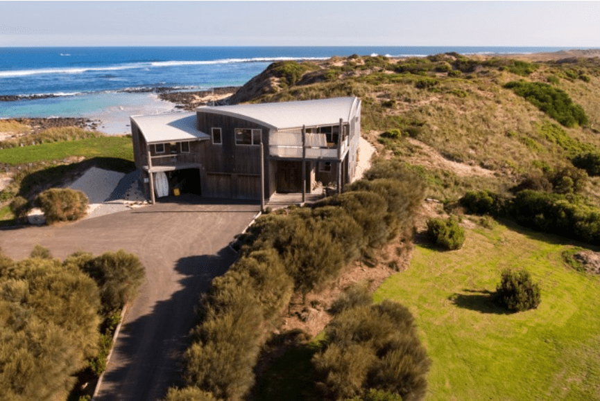 WIN 4 NIGHTS LUXURY BEACHHOUSE ACCOMMODATION